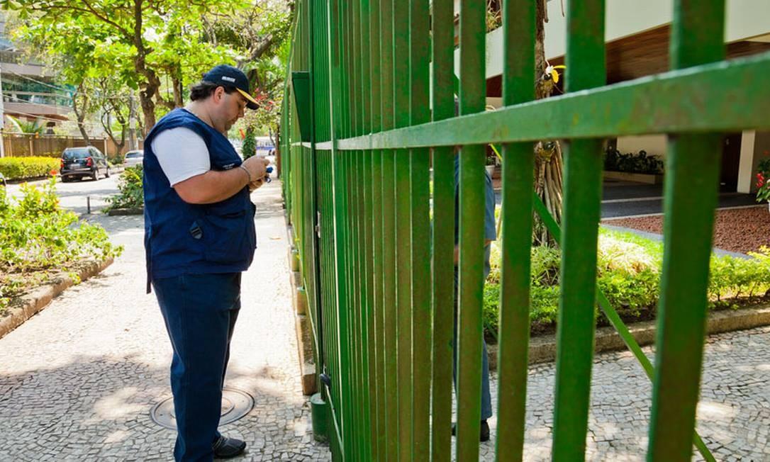 Homem treina para fazer parte do Censo do IBGE em 2020 Foto: Divulgação / IBGE