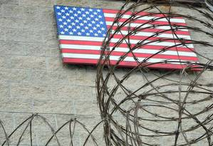 Base Naval americana de Guantánamo, em Cuba: 40 prisioneiros foram detidos Foto: CHANTAL VALERY / AFP