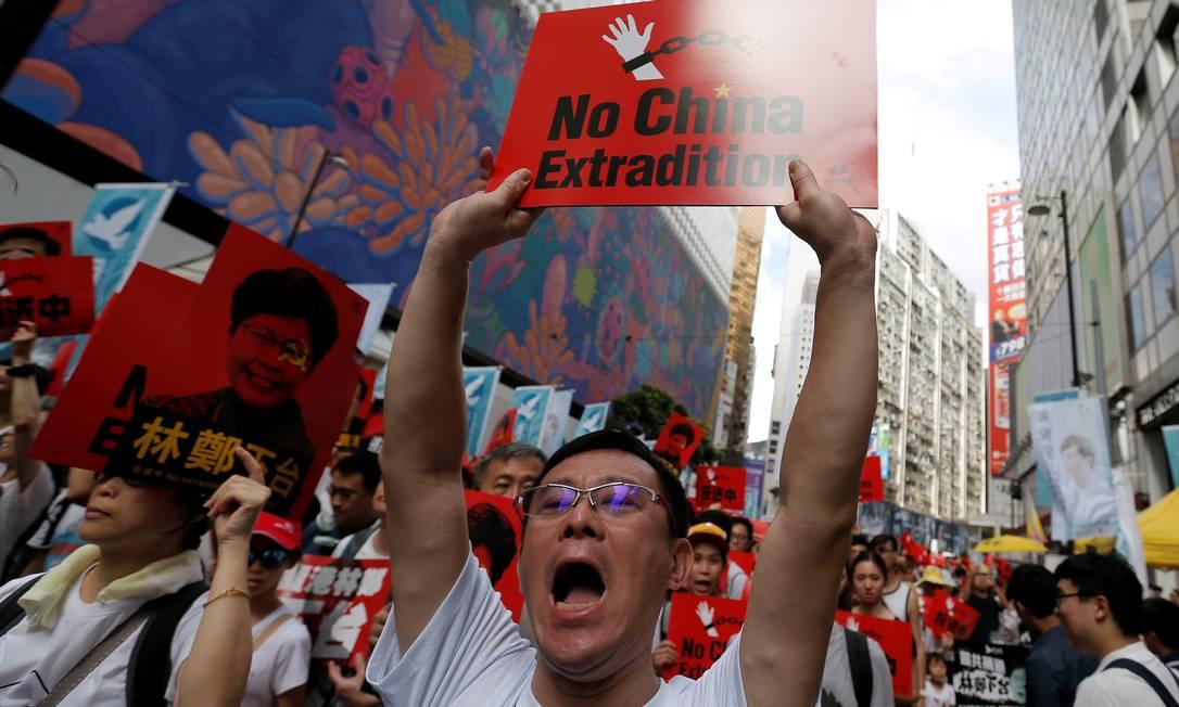 Manifestantes vão às ruas de Hong Kong contra a lei de extradição Foto: Thomas Peter / REUTERS/ 09-06-2019