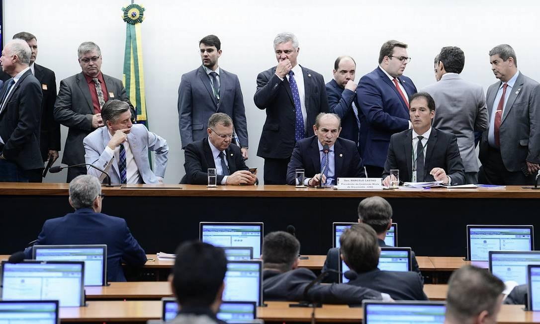 Reunião da Comissão Mista de Orçamento (CMO) discute crédito para o governo Foto: Pedro França / Pedro França/Agência Senado