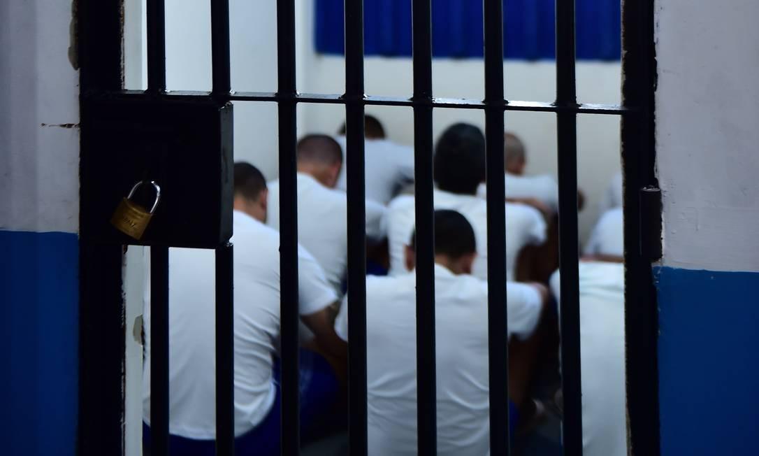 Penitenciárias do país são um dos objetos de fiscalização do Mecanismo Nacional de Prevenção e Combate à Tortura Foto: Josemar Gonçalves/Tripé Fotografia / Agência O Globo