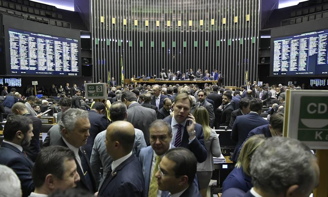 Plenário da Câmara dos Deputados durante sessão conjunta do Congresso Nacional Foto: Waldemir Barreto / Agência Senado
