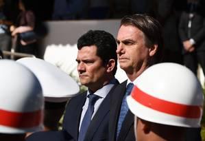 Bolsonaro e Sergio Moro durante evento da Marinha, em Brasília Foto: EVARISTO SA / AFP