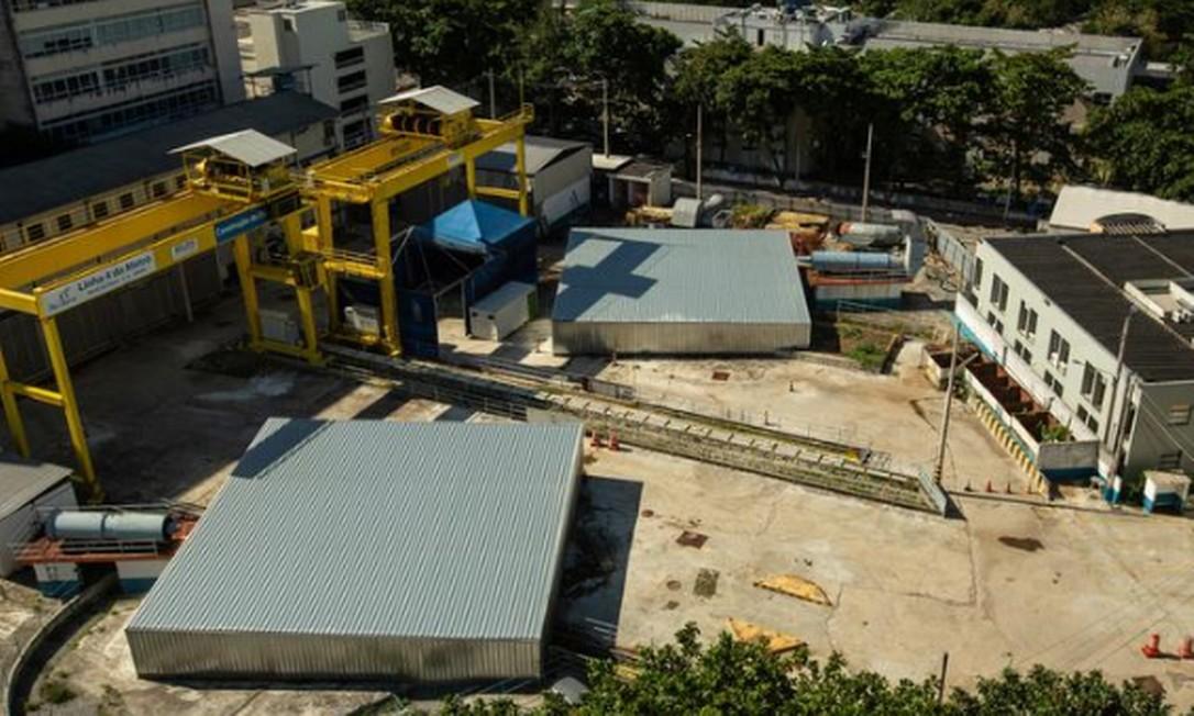 Às moscas: canteiro de obras da estação do metrô da Gávea está desativado Foto: Brenno Carvalho / Agência O GLOBO