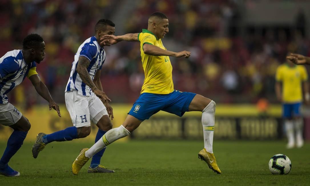Brasil goleia Honduras em amistoso para a Copa América em Porto Alegre Foto: Guito Moreto