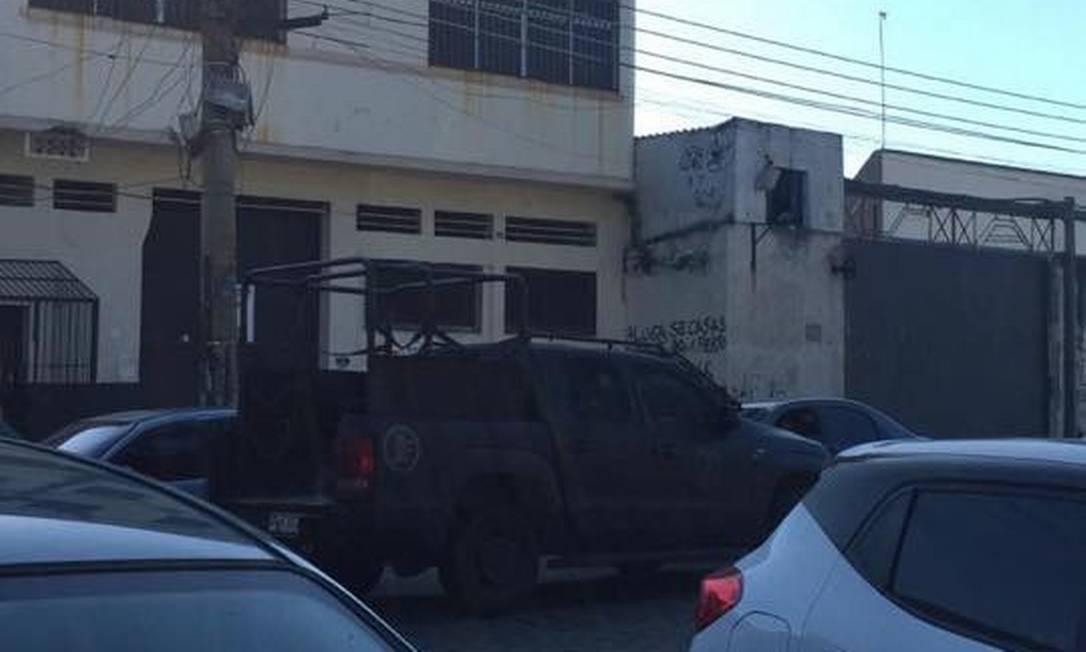 Policiais realizam operação no Complexo da Maré Foto: Reprodução/Redes da Maré