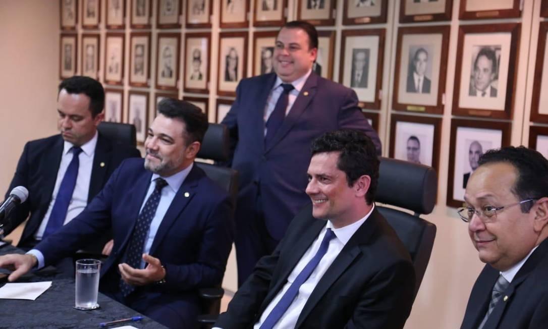 Moro recebeu deputados da Frente Parlamentar Evangélica, incluindo o pastor Marco Feliciano, do Podemos Foto: Divulgação