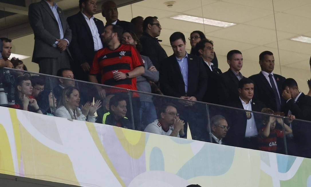 Bolsonaro durante o jogo CSA x Flamengo Estádio Mané Garrincha Brasília-DF Foto: Jorge William / Agência O Globo