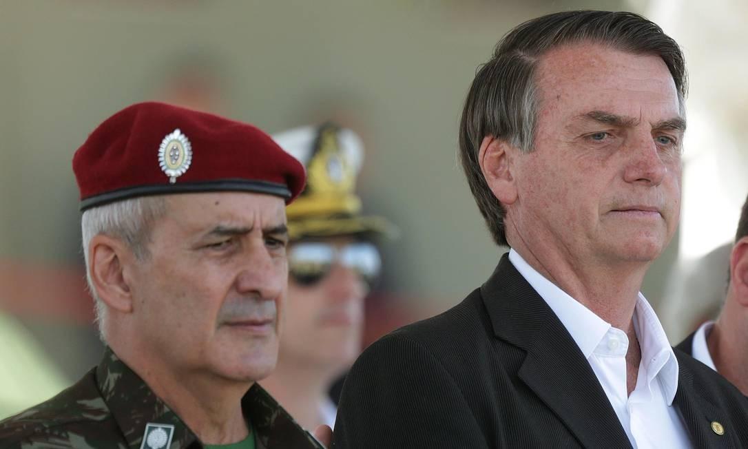 Bolsonaro e o general Luiz Eduardo Ramos, em evento no Rio 21/07/2018 Foto: Márcio Alves / Agência O Globo