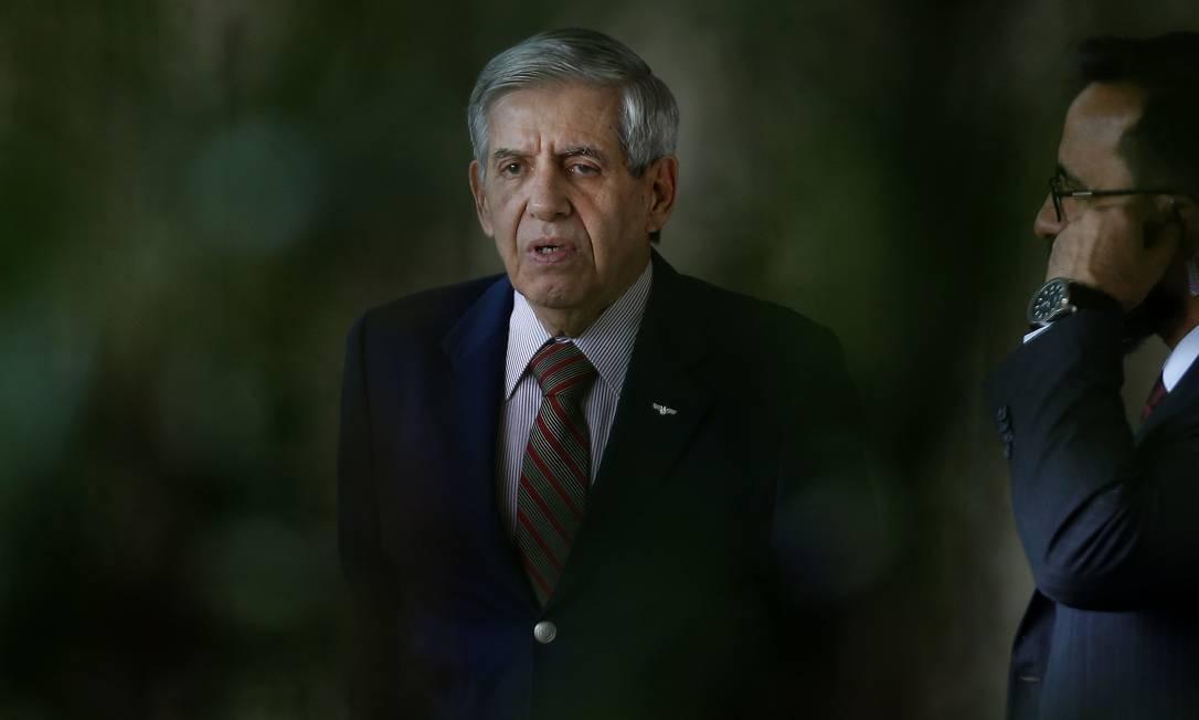 O general Augusto Heleno, do Gabinete de Segurança Institucional (GSI) Foto: Jorge William / Agência O Globo