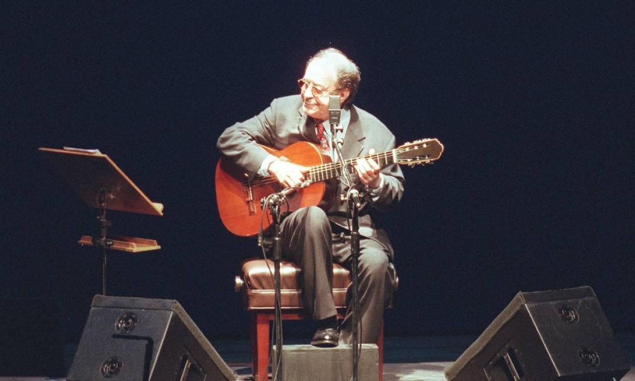 Apresentação do cantor João Gilberto no Teatro Alfa Real - 26/04/1998 Foto: Sérgio Andrade / Agência O Globo