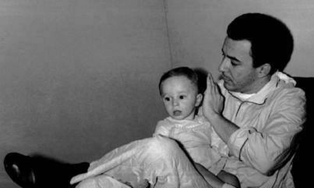 O cantor João Gilberto e o filho Marcelo Gilberto Foto: Reprodução / Redes Soaiciais