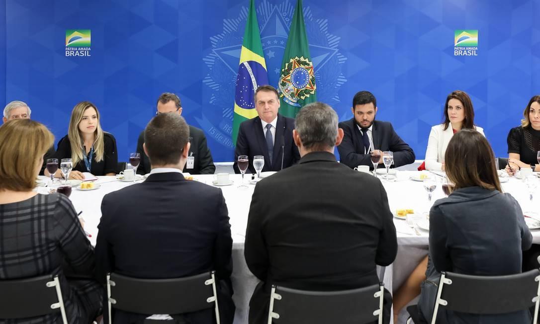 Jair Bolsonaro não anunciou o nome de quem deverá substituir o general na presidência dos Correios Foto: Marcos Corrêa / PR