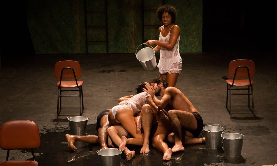 Contágio Coletivo faz ocupação do Terreiro Contemporâneo com peça de Ionesco Foto: Divulgação