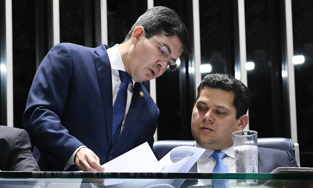 Os senadores Randolfe Rodrigues e Davi Alcolumbre Foto: Moreira Mariz/Agência Senado/04-06-2018