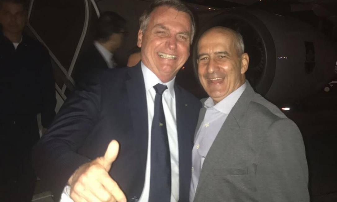 O presidente Jair Bolsonaro e o novo ministro Luiz Eduardo Ramos, da Secretaria de Governo Foto: Divulgação