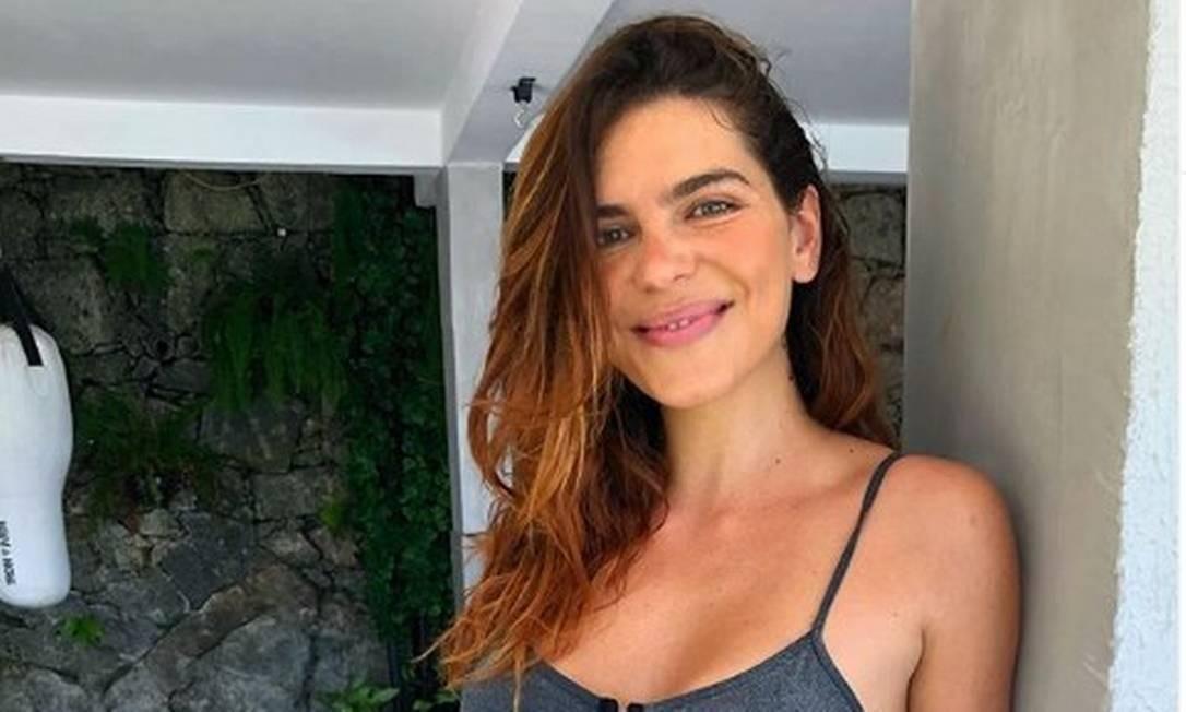 Mariana Goldfarb contou ter sido assediada enquanto provava roupas numa loja
