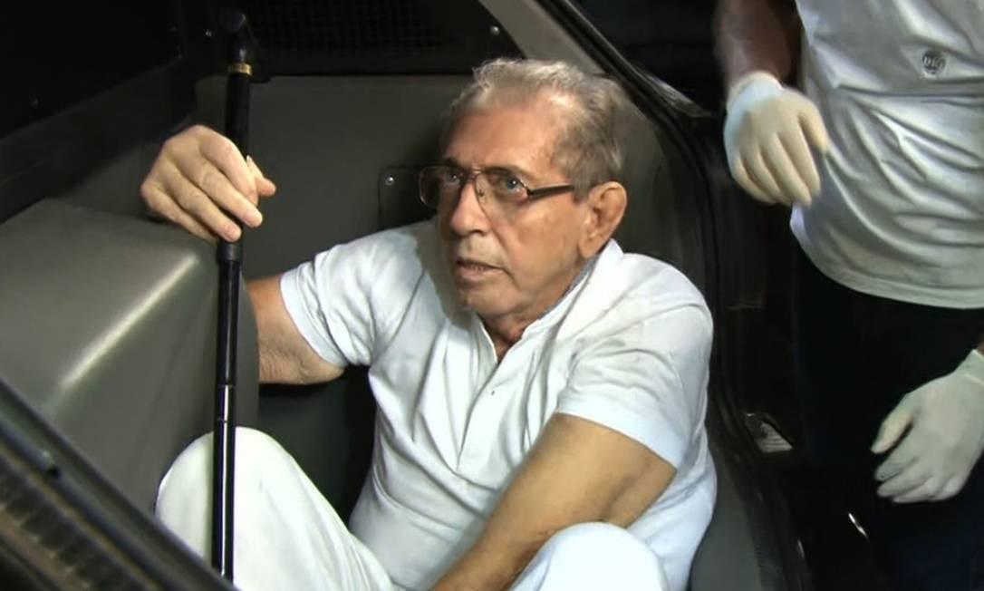 João de Deus é levado de volta para a cadeia no início do mês após se esgotar prazo de internamento hospitalar dado pelo STJ Foto: TV Anhanguera