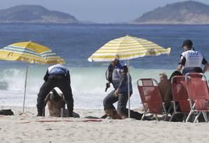 Na semana passada, O GLOBO flagrou diversas ocorrências na Praia de Copacabana Foto: 07-06-2019 / Domingos Peixoto / Agência O Globo