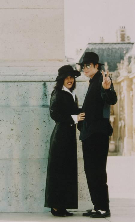 Michael Jackson e Lisa Marie Presley Foto: Stephane Cardinale - Corbis / Sygma via Getty Images