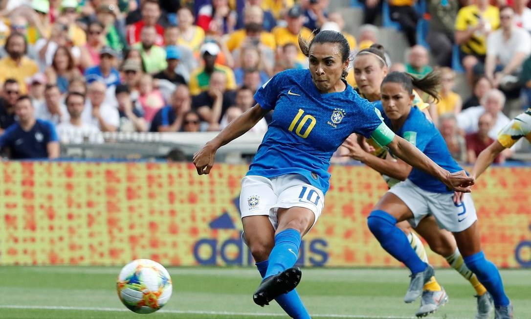Marta responde Emily Lima sobre lesão: 'Declaração sem conhecimento nenhum'
