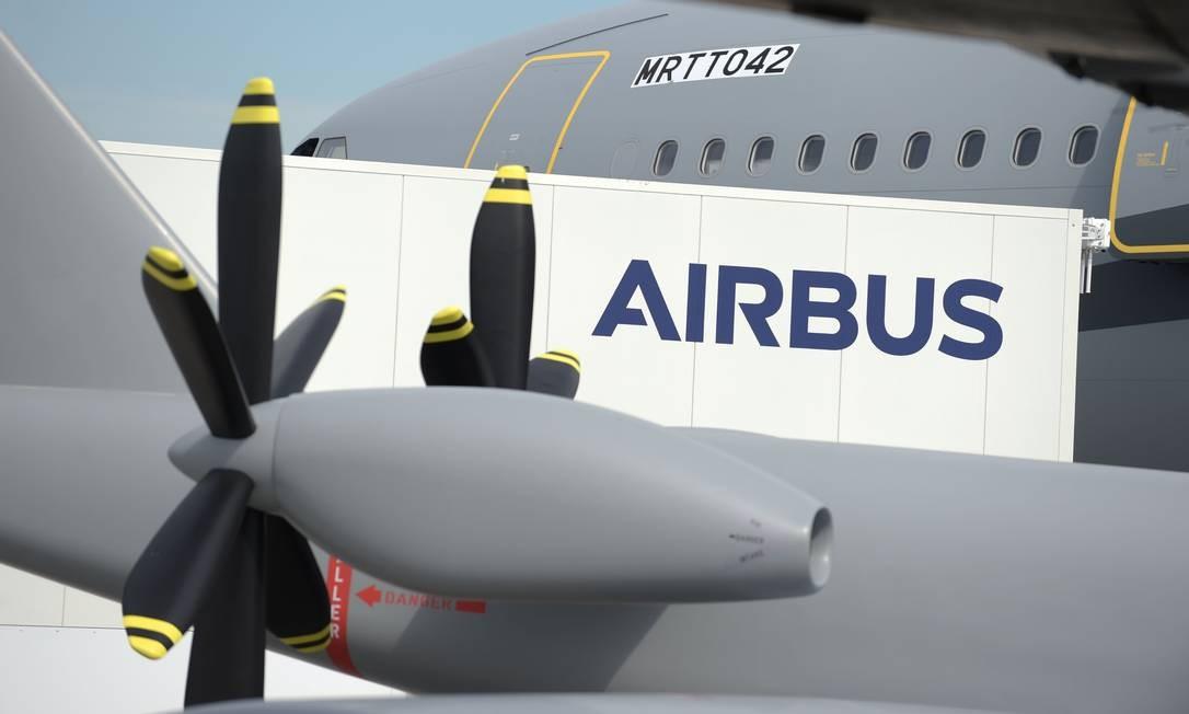 Aviões Airbus no Aeroporto Le Bourget durante a Paris Air Show Foto: Eric Piermont / AFP