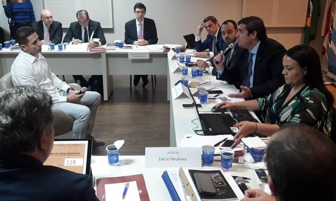 Sessão do STJD que julgou pedido de impugnação de Botafogo x Palmeiras Foto: Igor Siqueira