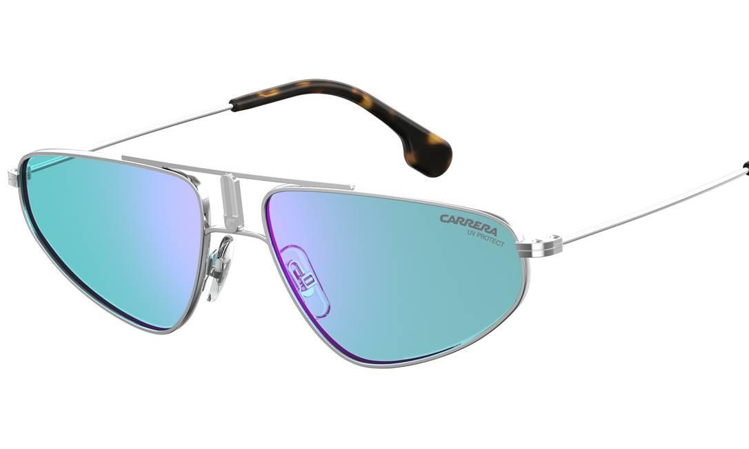 Óculos, Carrera, R$ 572 Foto: Divulgação