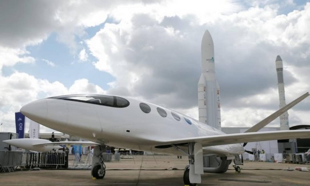 O avião elétrico Alice, da companhia israelense Eviation Aircraft, em Le Bourget Foto: Reuters