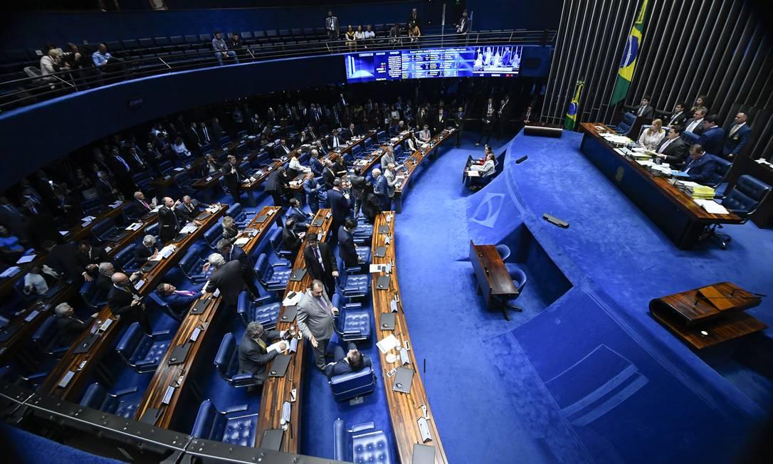 Plenário do Senado, durante análise do decreto de armas Foto: Marcos Oliveira/Agência Senado