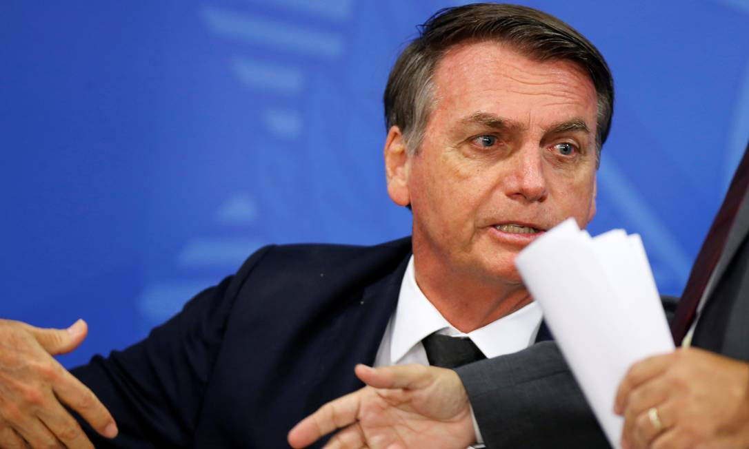 Bolsonaro diz que determinará que PF não dificulte quem quer ter arma em casa Foto: ADRIANO MACHADO / REUTERS