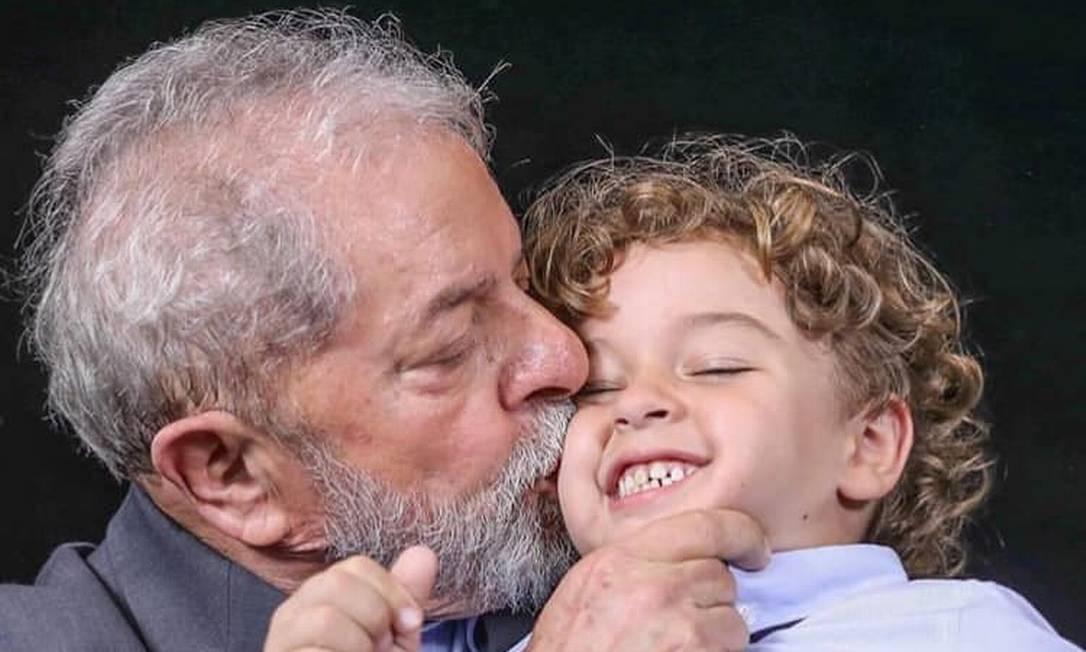 Durante o tempo na prisão, Lula também perdeu o neto Arthur, de 7 anos, vítima de infecção generalizada Foto: Ricardo Stuckert / Instituto Lula