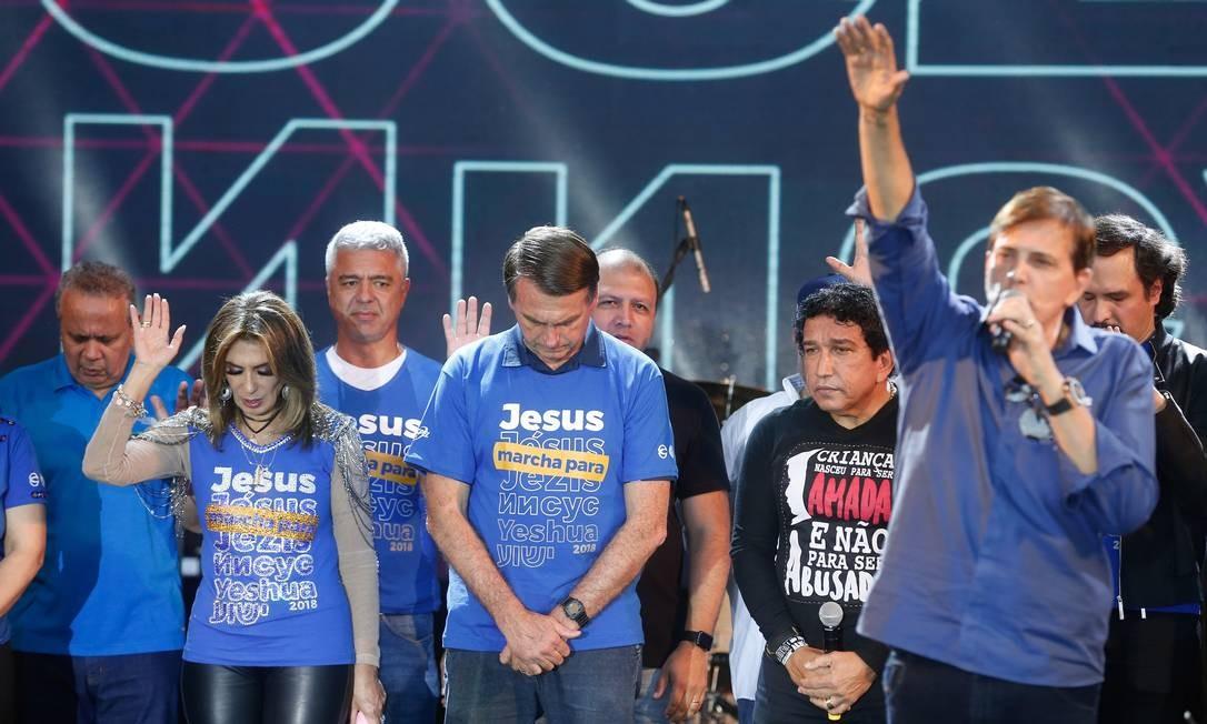 Então pré-candidato à Presidência, Jair Bolsonaro participou da Marcha Para Jesus de 2018 em São Paulo Foto: Marcos Alves / Agência O Globo (31/05/2018)