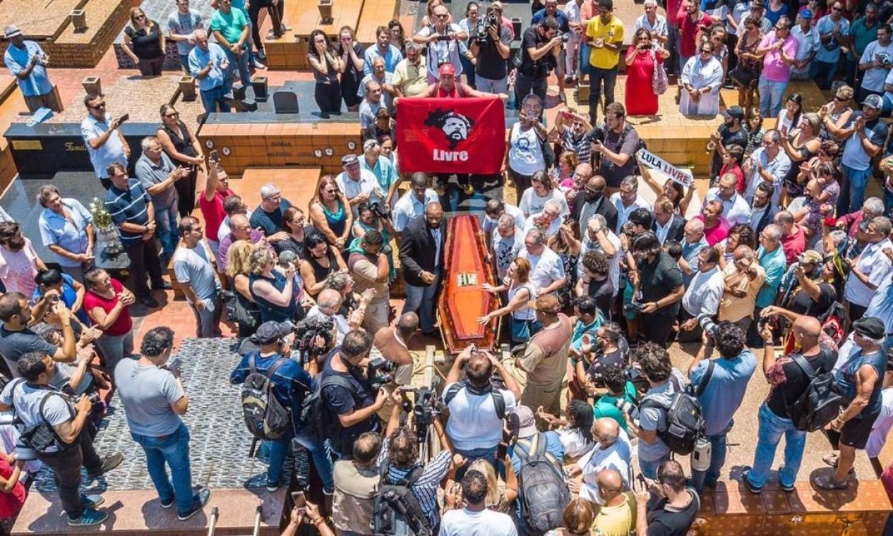 Lula perde o irmão, Genival Ignácio da Silva. A autorização para comparecer ao enterro, em São Bernardo do Campo, no dia 30 de janeiro, só saiu minutos antes da cerimônia começar, o que impossibilitou a ida do ex-presidente Foto: Ricardo Stuckert / Instituto Lula