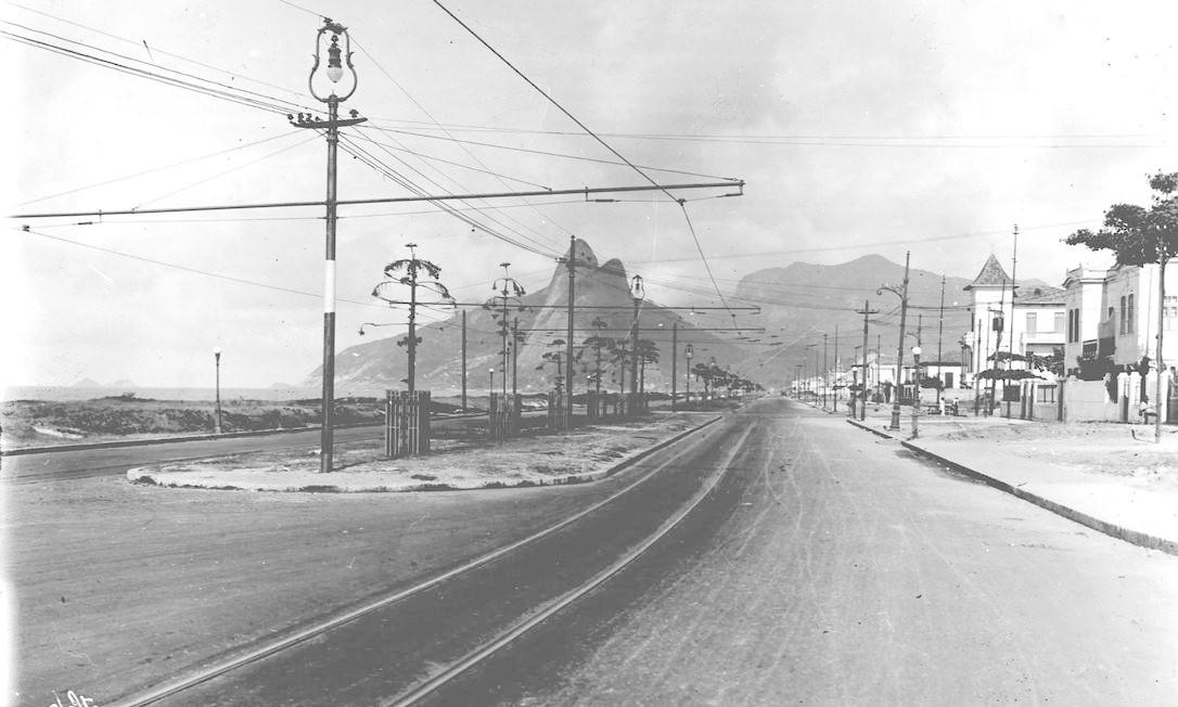 Avenida Vieira Souto, 1921. Foto: Augusto Malta / Acervo Light