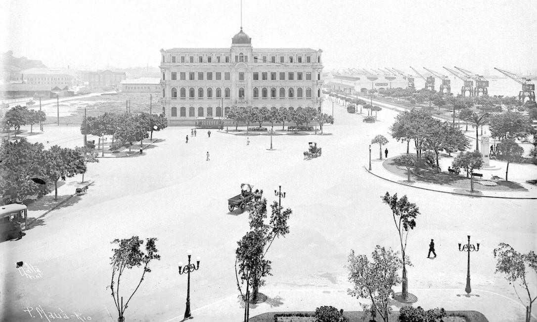 Praça Mauá, 1921. Foto: Augusto Malta / Acervo Light