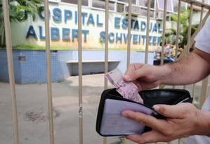 Teste de devolução de carteiras teve melhores resultados no Brasil do que nos EUA e no Reino Unido Foto: Fabiano Rocha / Agência O Globo
