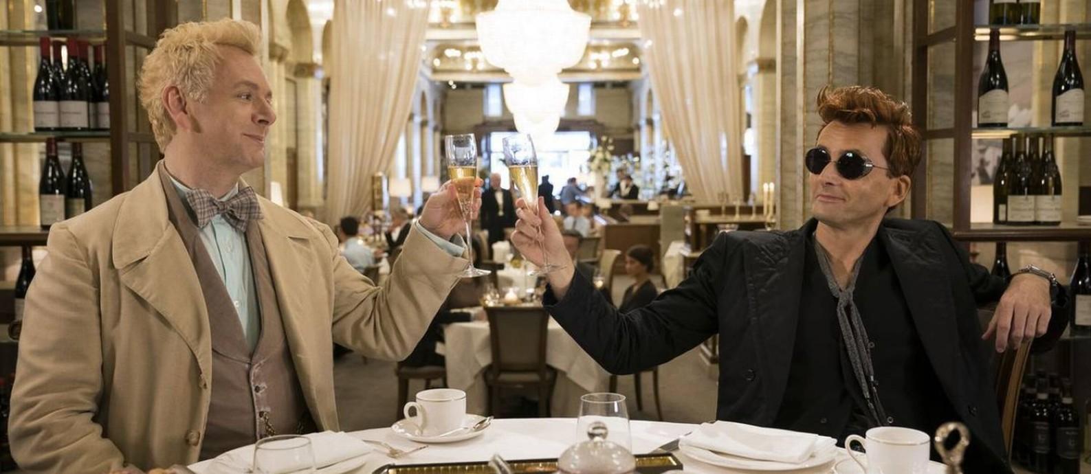 Michael Sheen e David Tennant em 'Good omens' Foto: Divulgação