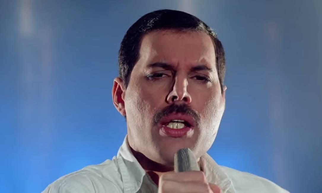 Freddie Mercury no clipe de 'Time waits for no one' Foto: Reprodução