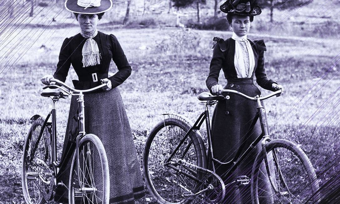 A bicicleta deu liberdade as mulheres para se movimentarem pelo espaço público longe do controle dos homens. Para as sufragistas, ela possibilitou a atuação política em novos espaços Foto: Reprodução