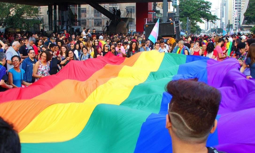 Caminhada de mulheres lésbicas e bissexuais na avenida Paulista, na véspera da Parada do Orgulho LGBT em São Paulo Foto: Ariadne Barroso/Photo Press / Agência O Globo
