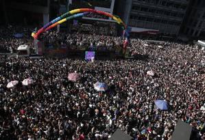 Milhares de pessoas celebram a 23ª Parada do Orgulho LGBT de São Paulo Foto: Edilson Dantas / Agência O Globo