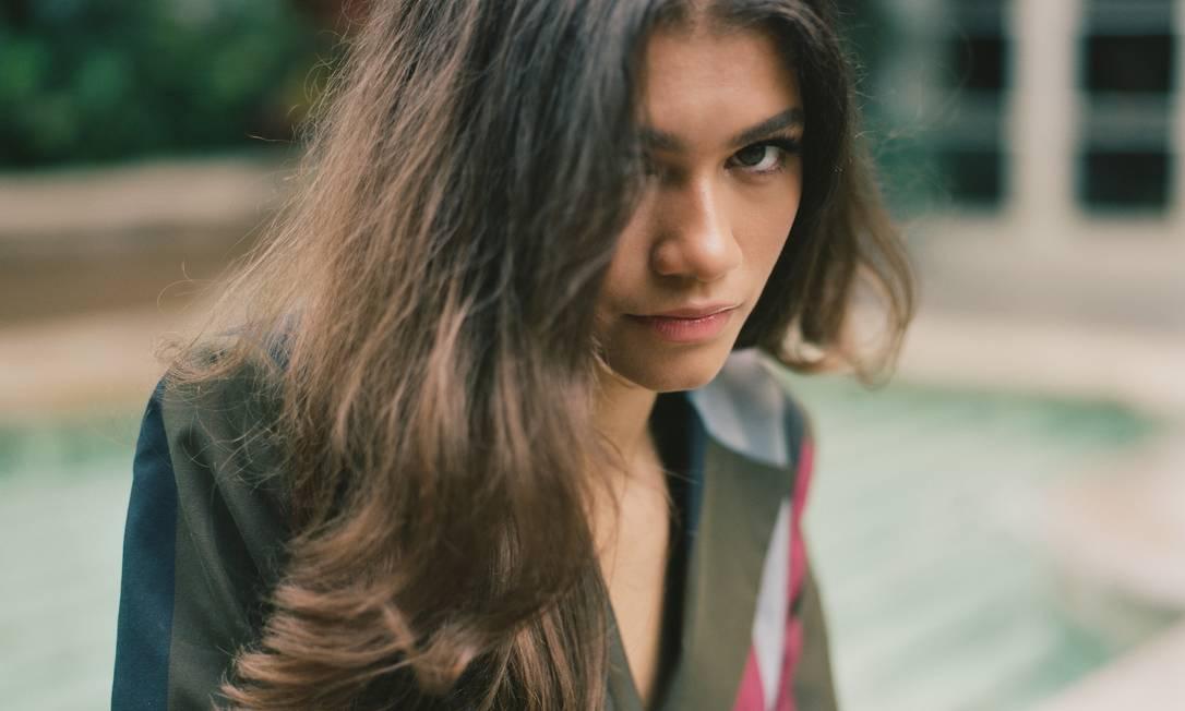 Zendaya, que interpreta uma adolescente viciada na série 'Euphoria', da HBO Foto: CHANTAL ANDERSON / NYT