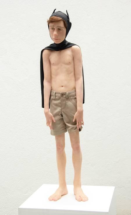 """""""Sozinho 3"""", escultura de Giovani Caramello Foto: Divulgação"""