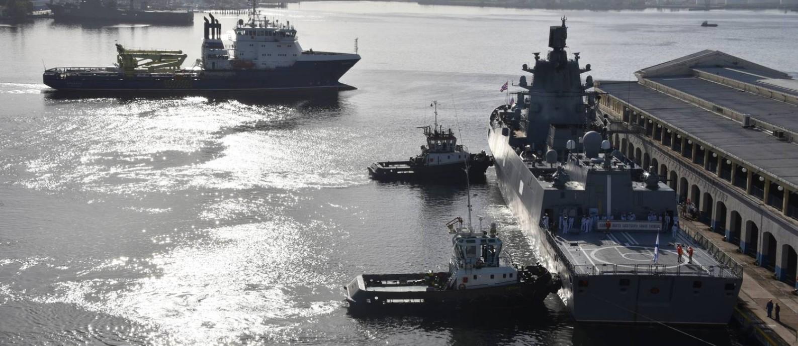 A fragrata Almirante Gorshkov chegou ao porto de Havana nesta segunda-feira Foto: ADALBERTO ROQUE / AFP