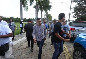 Flávio dos Santos foi preso após o enterro de Anderson do Carmo Foto: Fabiano Rocha / Agência O GLOBO