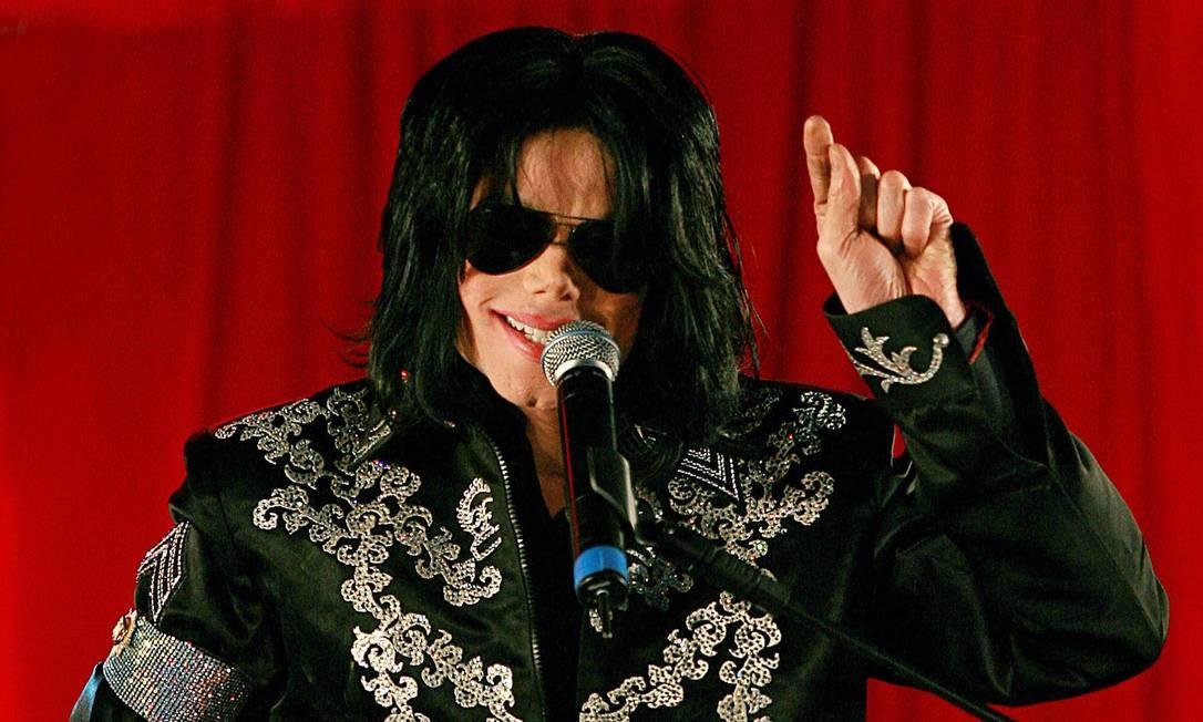 Michael Jackson discursa em coletiva de imprensa em Londres, em 5 de março de 2009 Foto: Carl de Souza / AFP