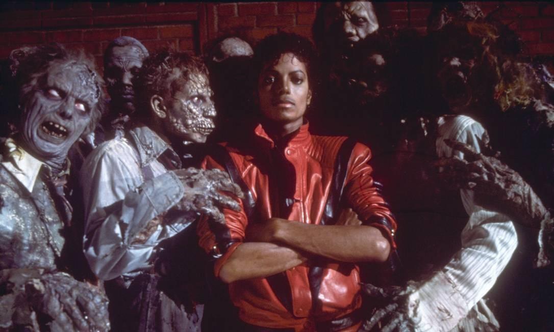 Michael Jackson cm figurantes do clip Thiller - 02.02.1999 Foto: divulgação