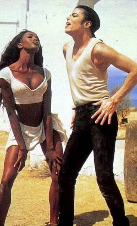 Michael Jackson e a modelo Naomi Campbell no clip In The Closet, do álbum Dangerous - 1991 Foto: divulgação