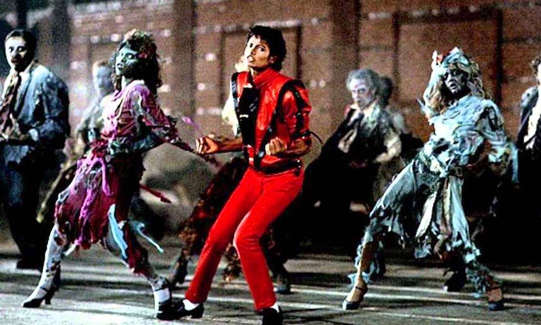 O cantor pop no clip do disco Thriller - 1982 Foto: reprodução